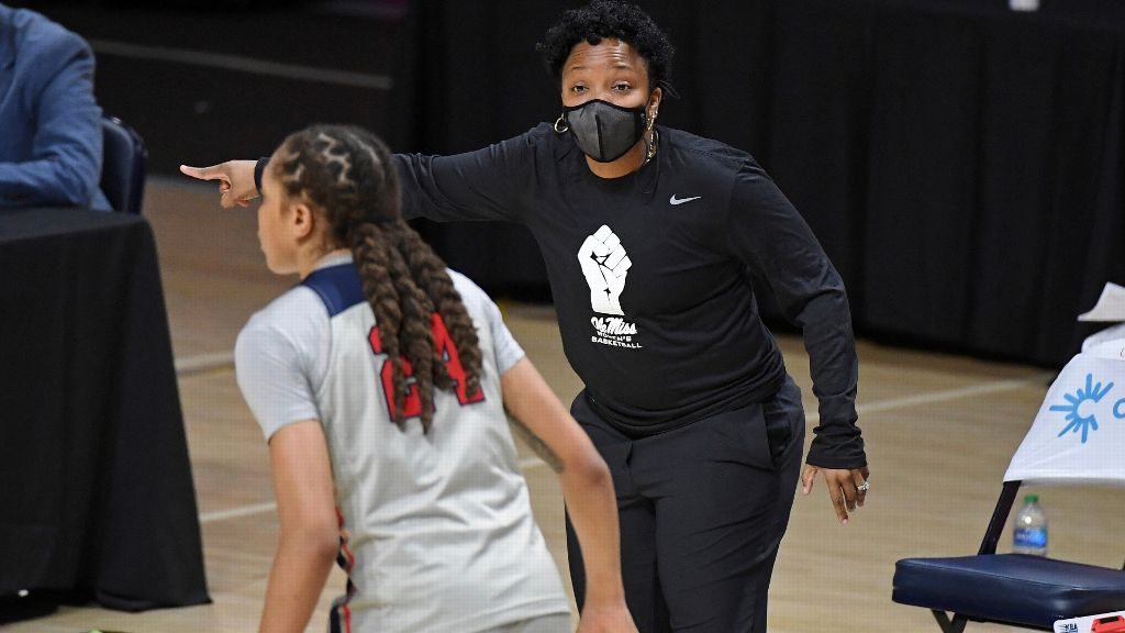 Coach Yo says Rebels are in the mix for top recruits