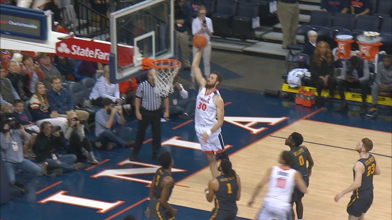 Huff rocks rim with right-handed hammer