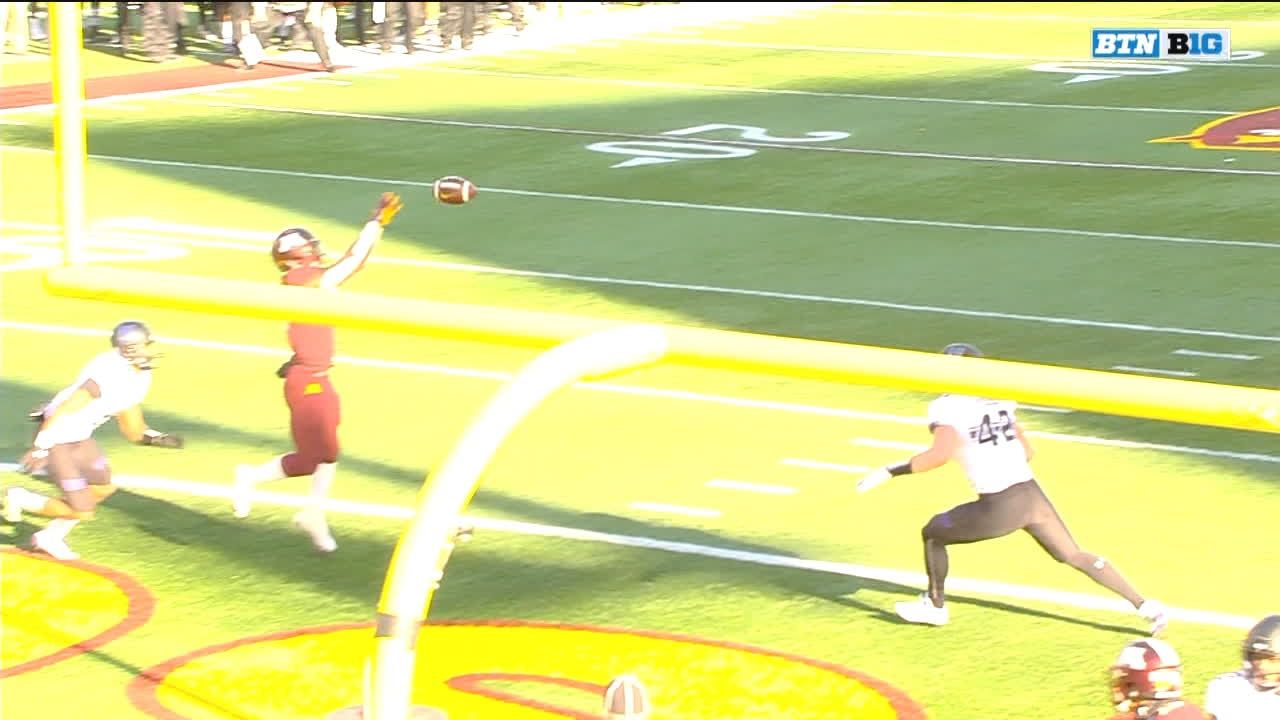 Tanner Morgan pass complete to Tyler Johnson for 6 yds for a TD (Emmit Carpenter KICK)
