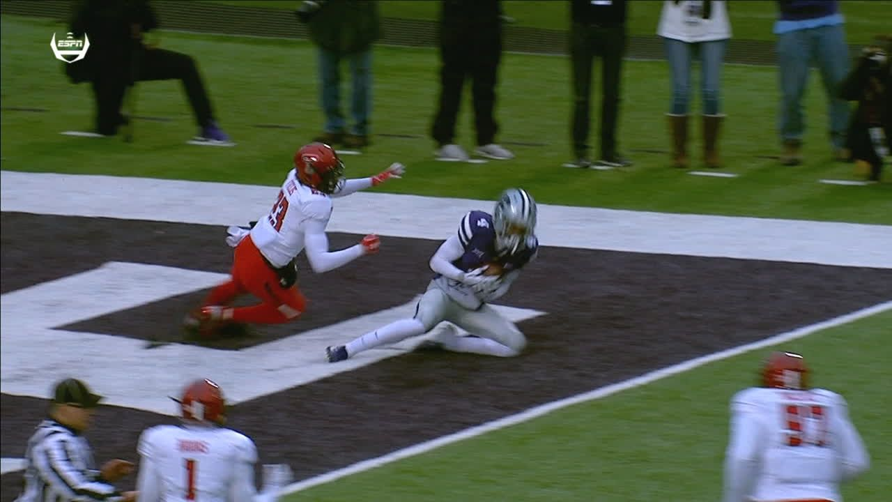 Kansas State finds end zone through the air
