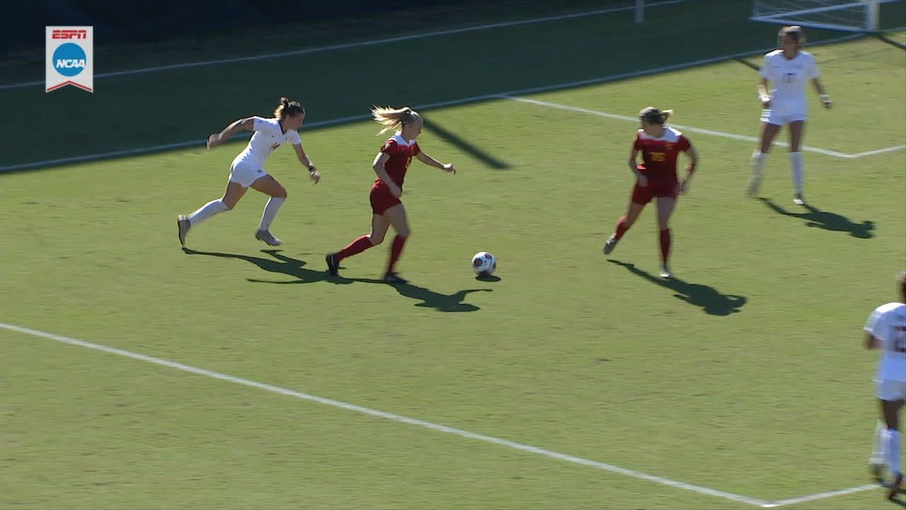 USC takes lead on Hocking's goal