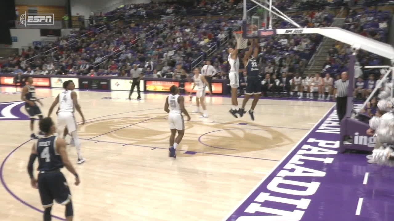 Slawson comes from behind with big block