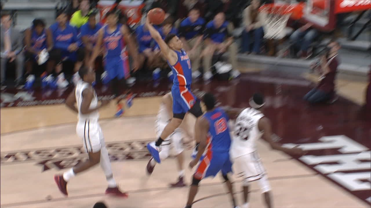 Keyontae Johnson made Dunk. Assisted by Andrew Nembhard.