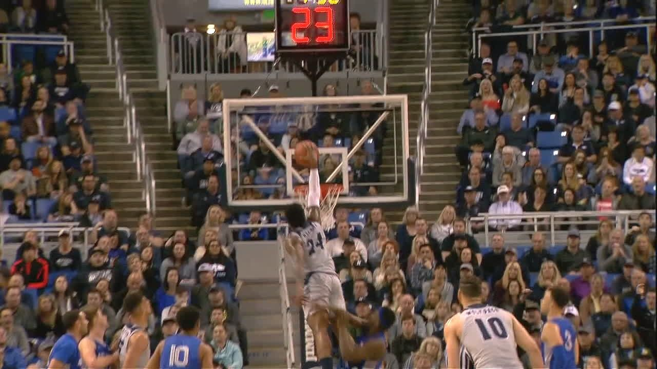 Late surge pushes No. 10 Nevada past Air Force 67-52