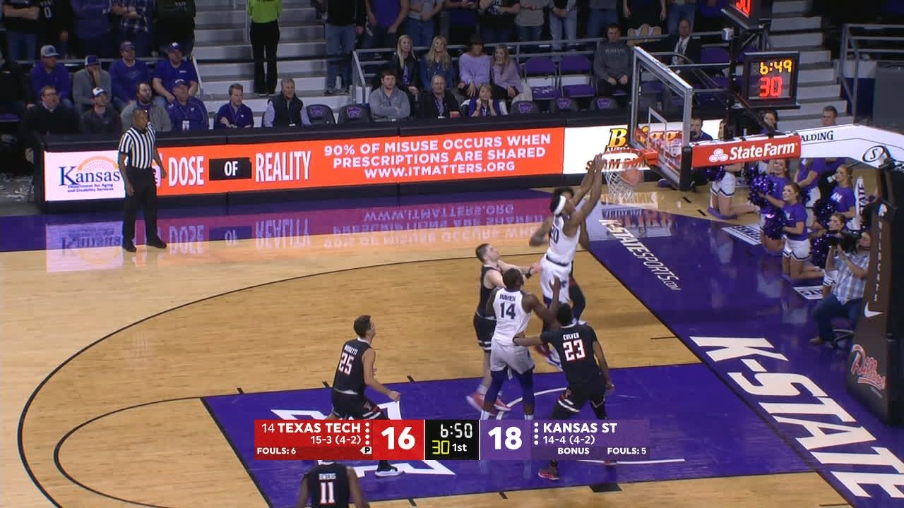 Sneed comes up with huge dunk after missed 3