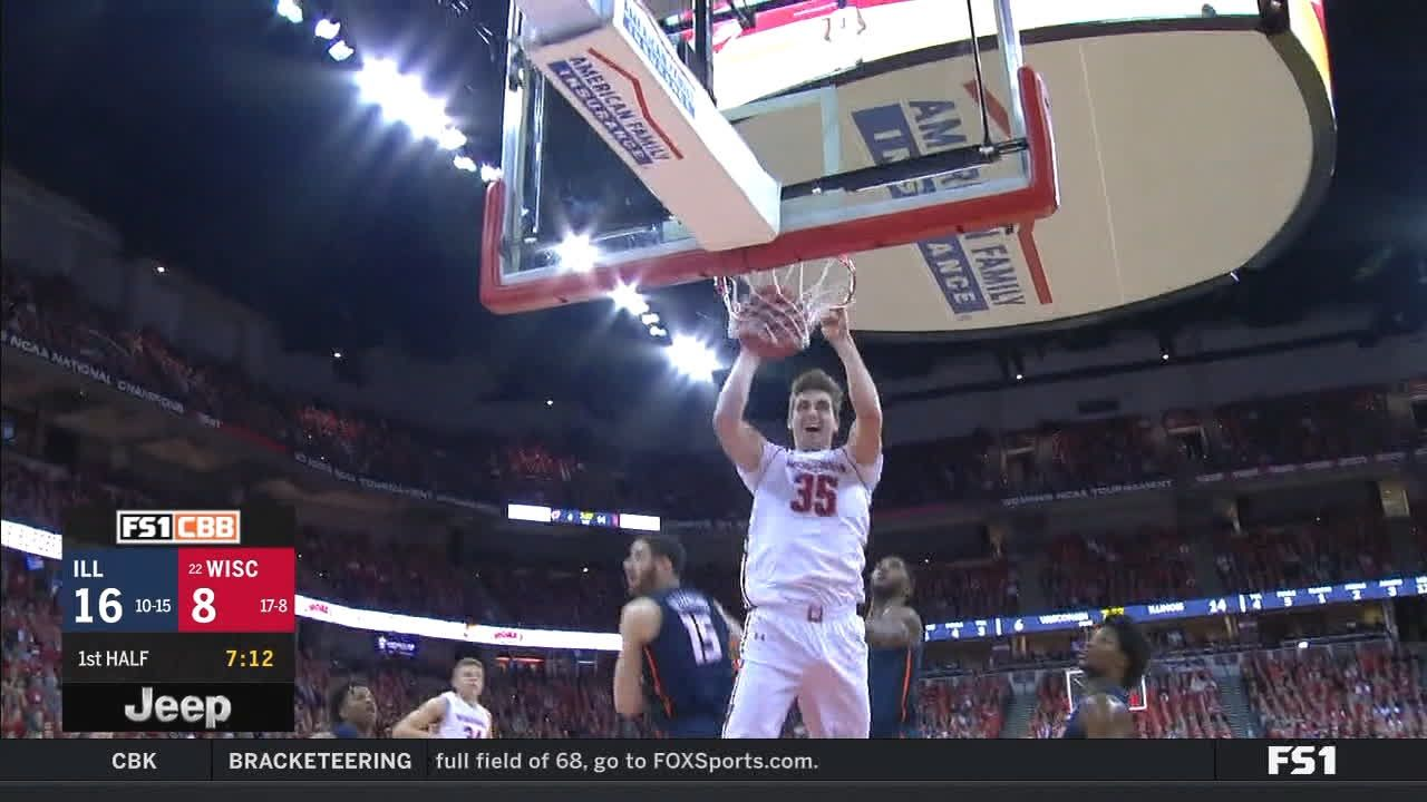 Wisconsin's Reuvers elevates for monster slam
