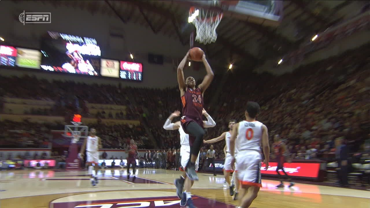 VA Tech turns steal into Blackshear dunk