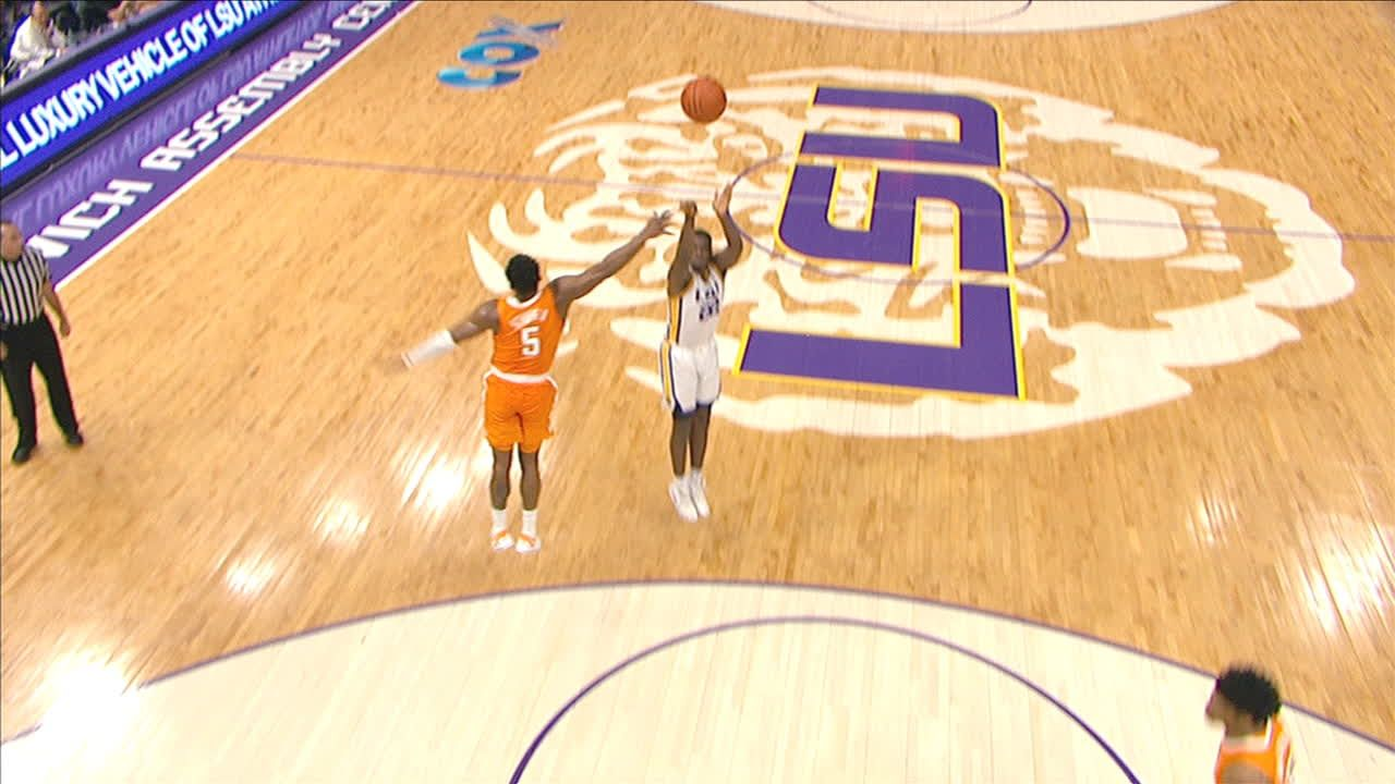 LSU's Days sinks 3 while being fouled
