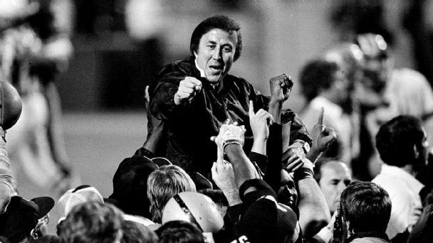 Hispanic pioneer Tom Flores still waiting for spot in Canton