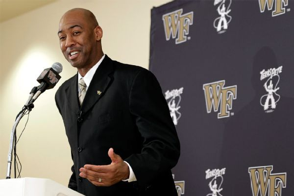 Wake Forest retaining Manning as head coach