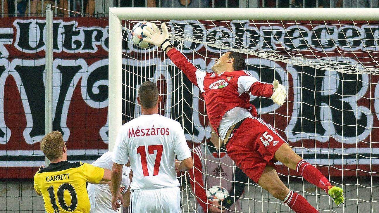 Celtic reach third qualifying round