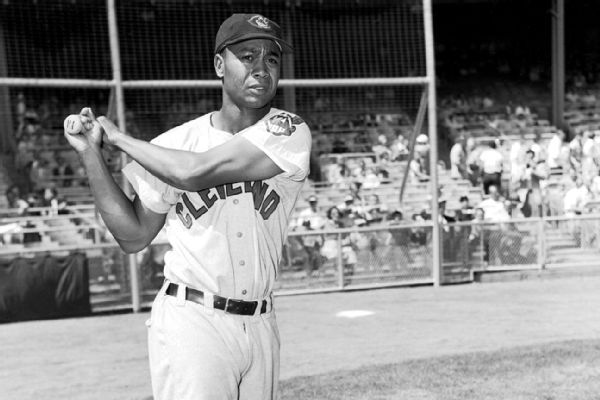 Senate follows House in passing bill to honor pioneer Larry Doby