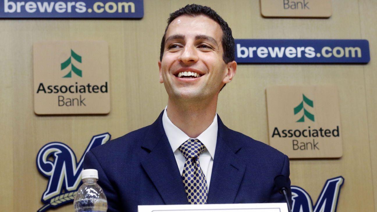 GM David Stearns obtiene extensión de contrato con Brewers