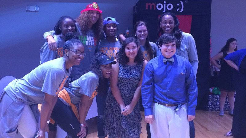 Lady Vols get down for a good cause