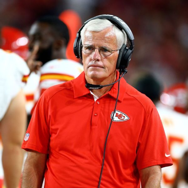Chiefs fire DC Bob Sutton following loss to Patriots