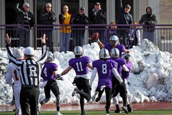 St. Thomas wins too much, kicked out of MIAC