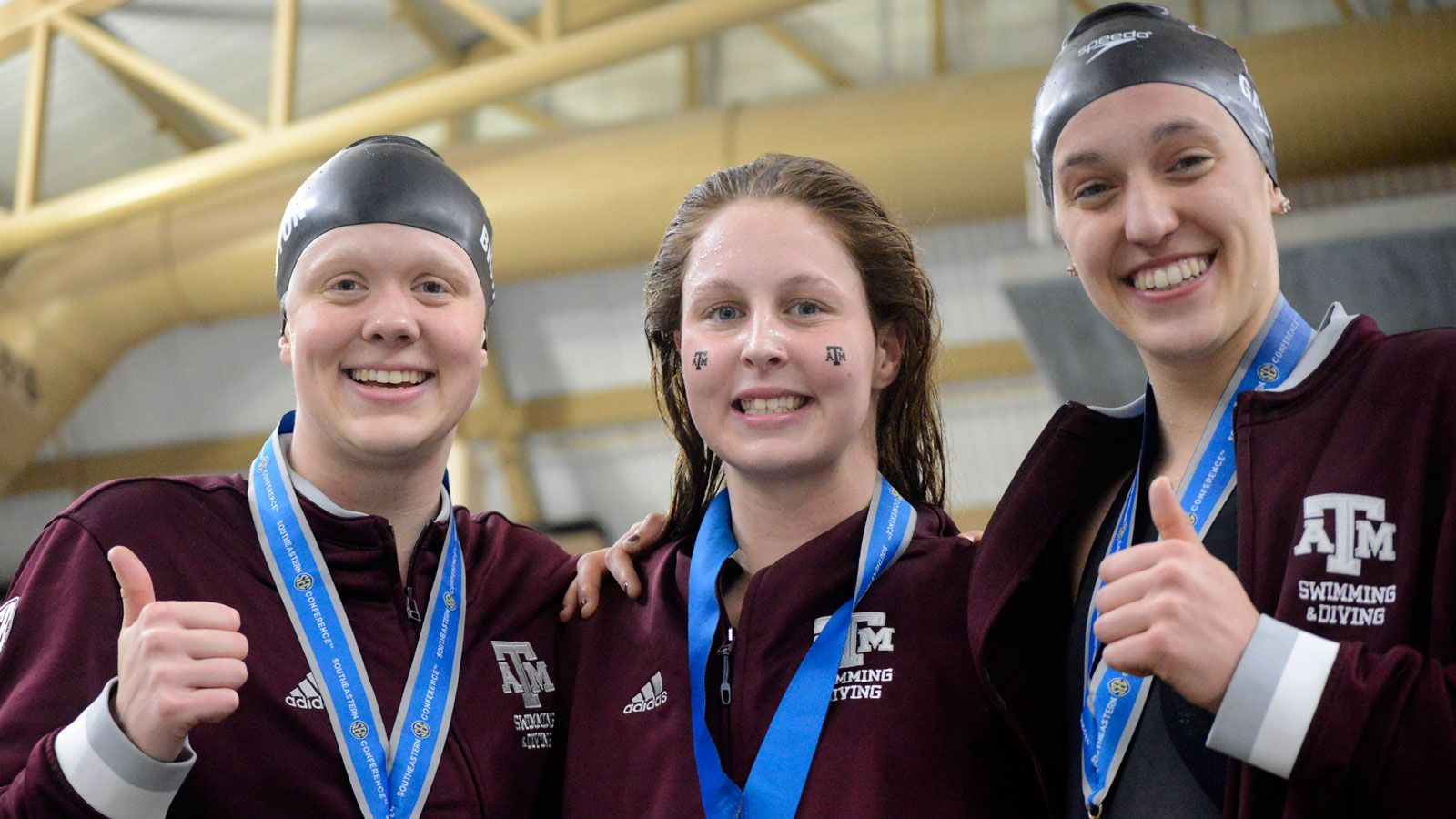 UF men, Texas A&M women in first after Day 3