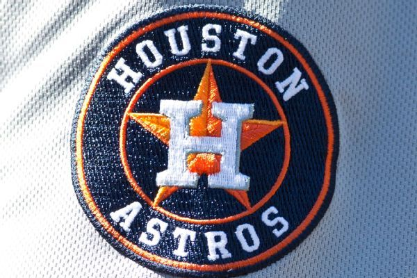 Source: Astros give reliever Pressly $17.5M deal