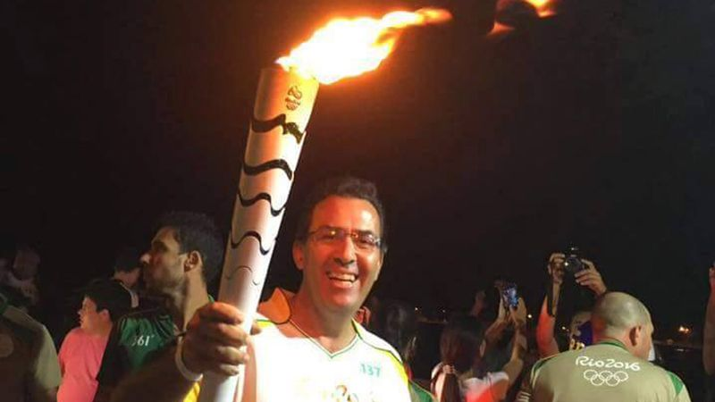 Former Gamecock Ricardo Acioly runs with Olympic torch