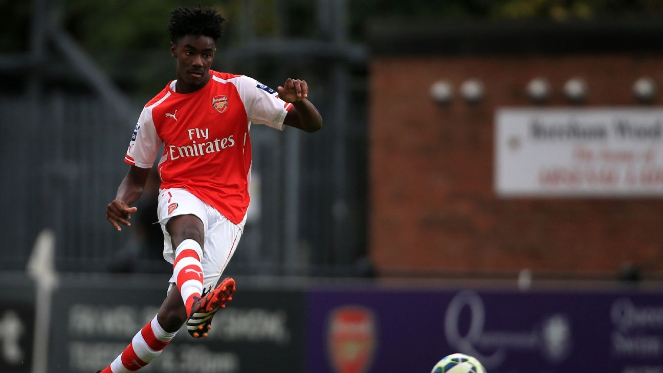 Arsenal loan out young centre-backs Julio Pleguezuelo and Stefan O'Connor