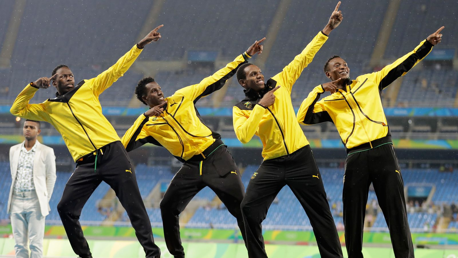 Fitzroy Dunkley wins silver in relay for Jamaica