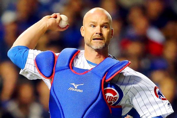 Cubs GM Jed Hoyer says finding another David Ross is key