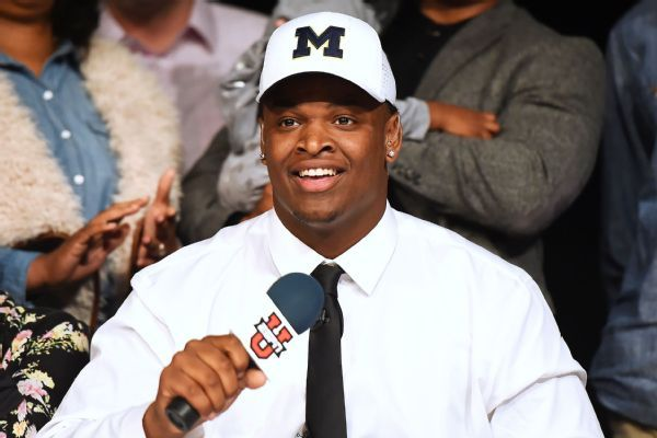 Michigan DT Aubrey Solomon transferring