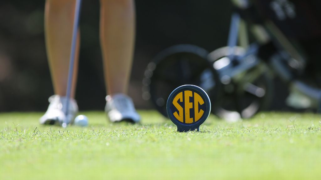 Twelve teams; Two individuals receive NCAA Golf bids