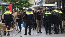 Feyenoord fans clash with riot police after blowing title chance vs. Excelsior
