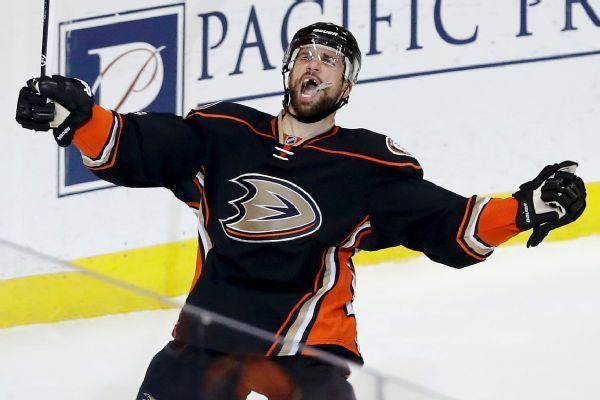 Ducks trade Andrew Cogliano to Stars for Devin Shore