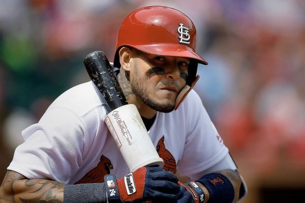 Cards' Yadier Molina takes exception to quips by Cubs' Kris Bryant