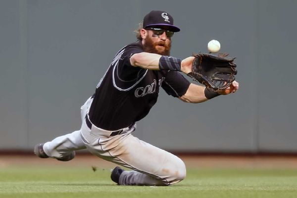 Rockies moving All-Star Charlie Blackmon to right field