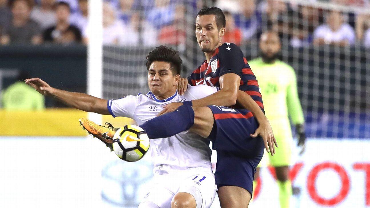 LAFC sign El Salvador striker Rodolfo 'Fito' Zelaya to two-year deal