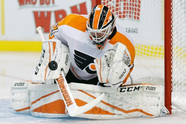 Flyers goalie Brian Elliott to miss about 2 weeks with lower-body injury
