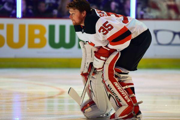 Devils goalie Cory Schneider has abdominal strain, goes on IR