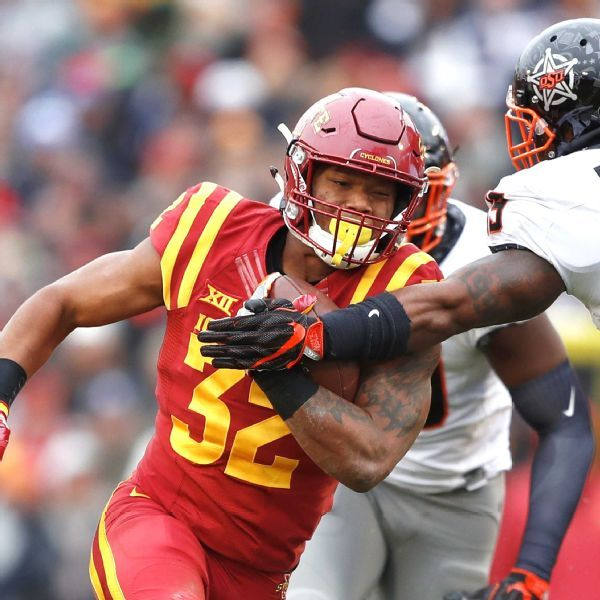 David Montgomery, Greg Roberts each missing first half of their teams' games Saturday