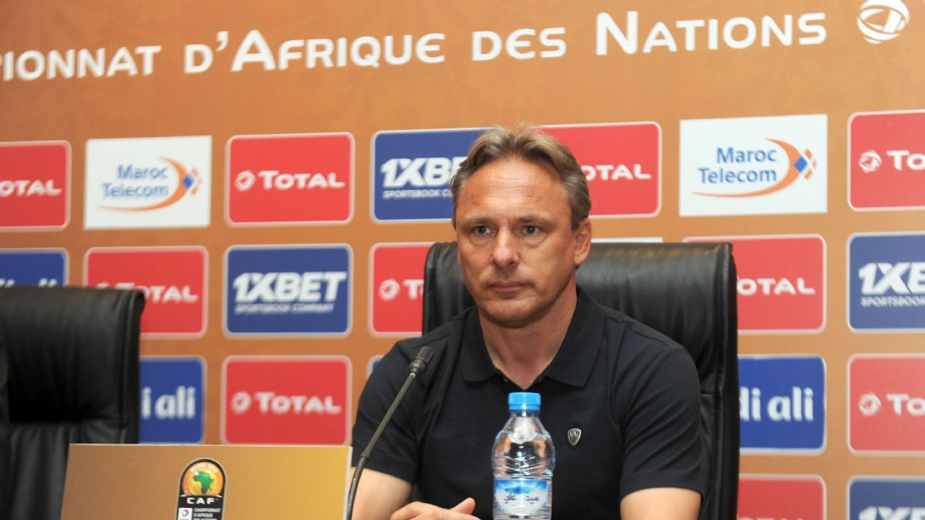 Rwanda coach Antoine Hey refuses to end Syria speculation