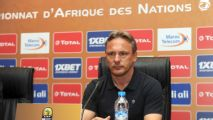Rwanda coach Antoine Hey refuses to end Syria speculation