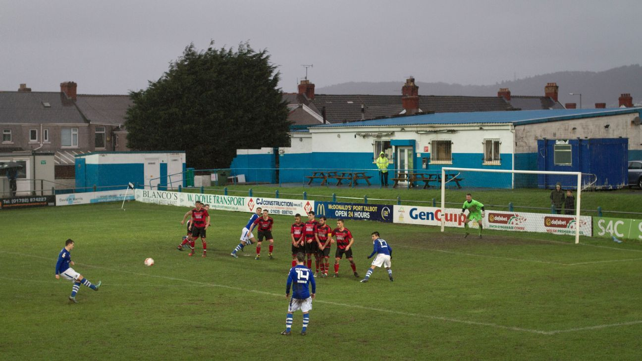 Wales earthquake causes delay in First Division game at Port Talbot