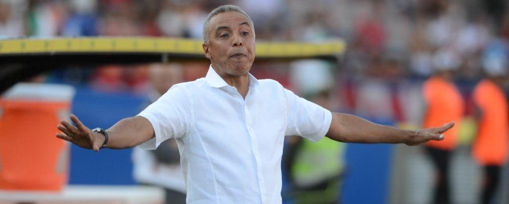 Alexis Mendoza renunció como entrenador de Sporting Cristal