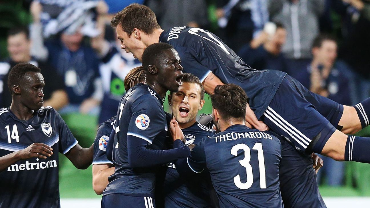 Kosta Barbarouses fires Melbourne Victory to win over Kawasaki Frontale