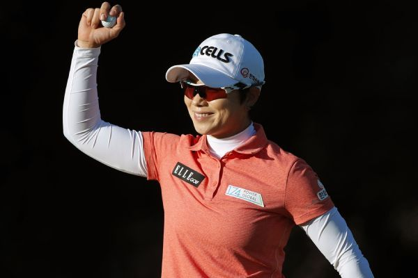 Eun-Hee Ji survives cold and wind to win LPGA Tour opener