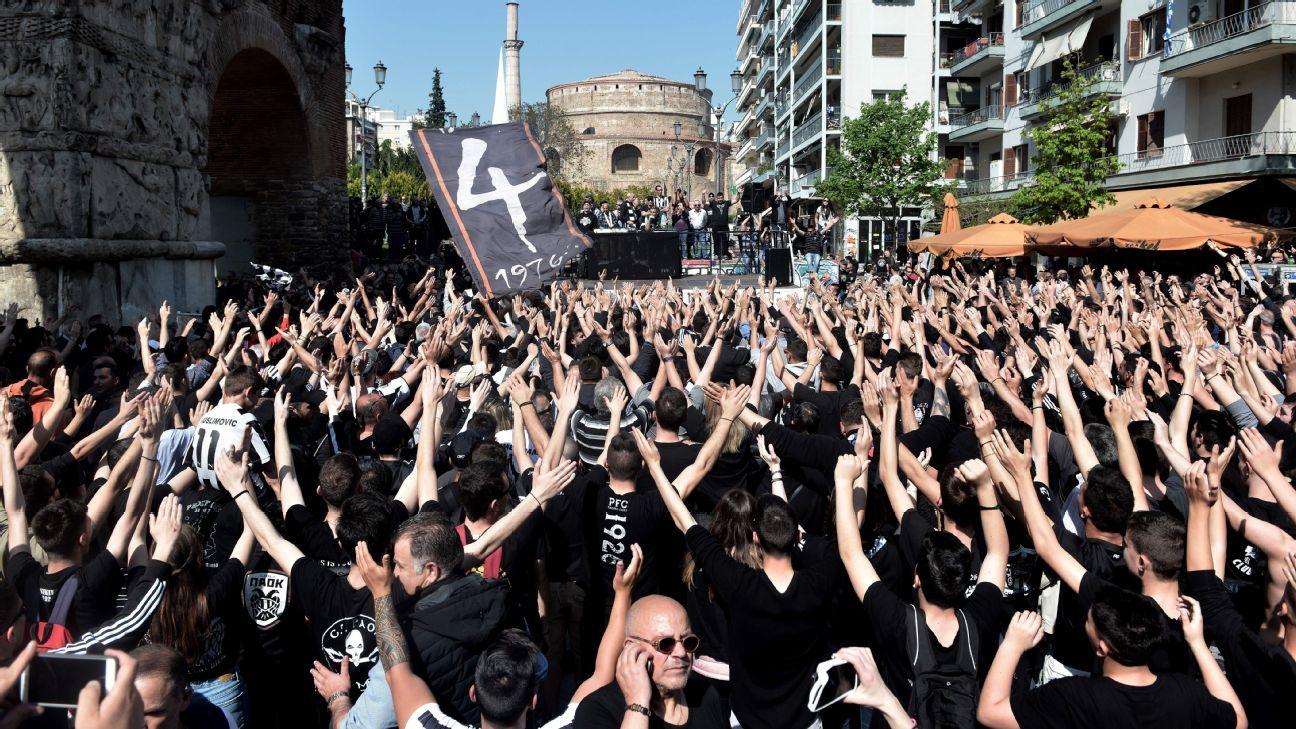 Atenas se transformó en campo de batalla horas antes de la final de Copa