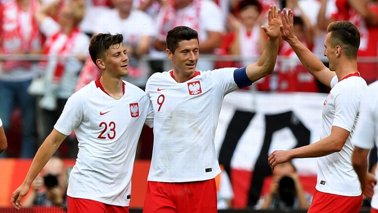 Robert Lewandowski scores two as Poland cruise in final World Cup warmup