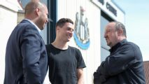 Newcastle sign Switzerland defender Fabian Schar from Deportivo La Coruna