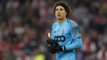 Mexico's Ochoa: 'Time to leave' Standard Liege