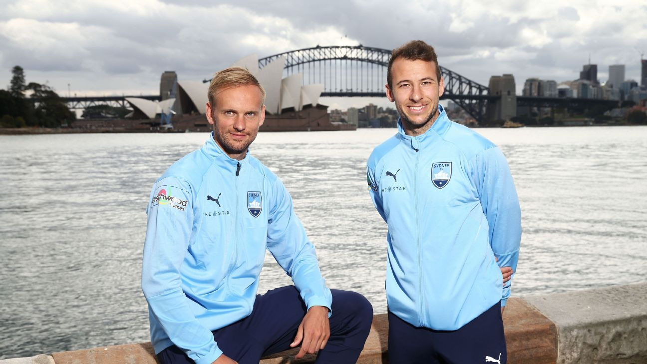 Siem de Jong signs marquee loan deal with Sydney FC
