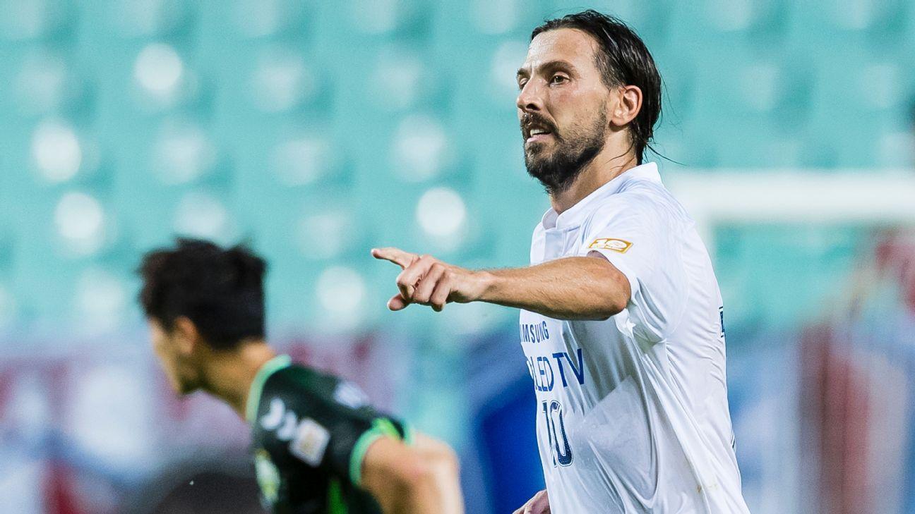 Suwon Bluewings beat Jeonbuk Motors 3-0 in Asian Champions League quarterfinals