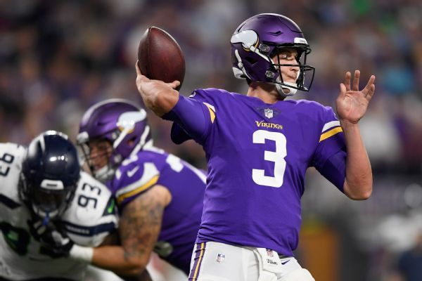 Jets to sign QB Siemian as backup to Darnold