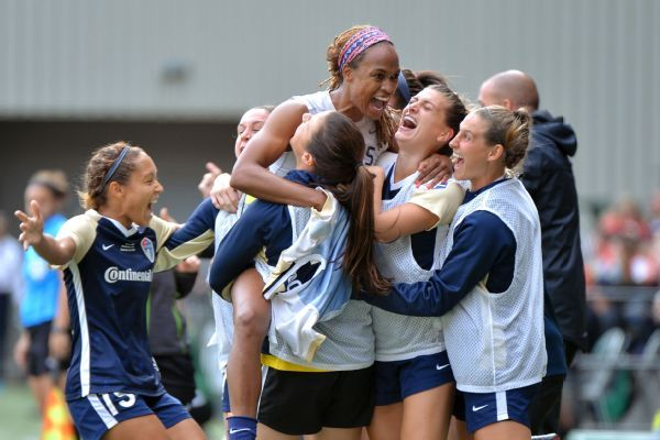 Jess McDonald scores twice to lead North Carolina to NWSL title